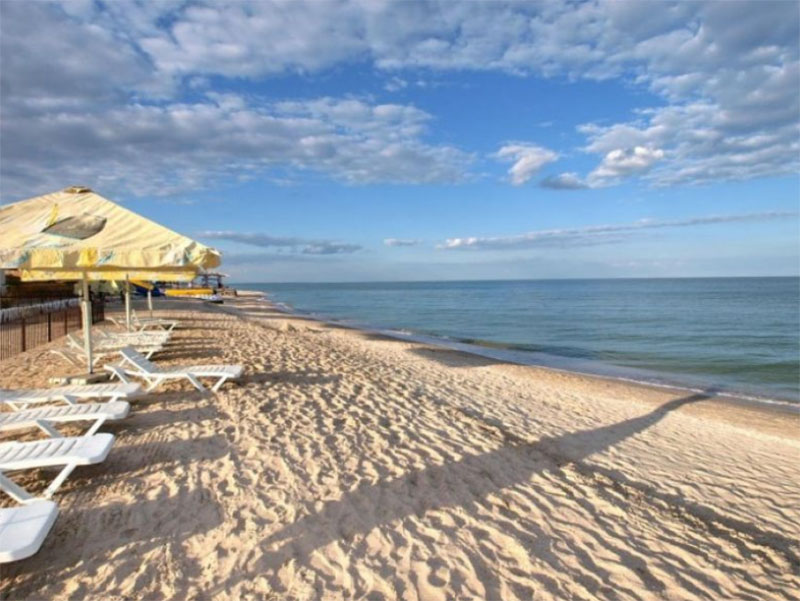 На пляжах Херсонщины активизировались мошенники