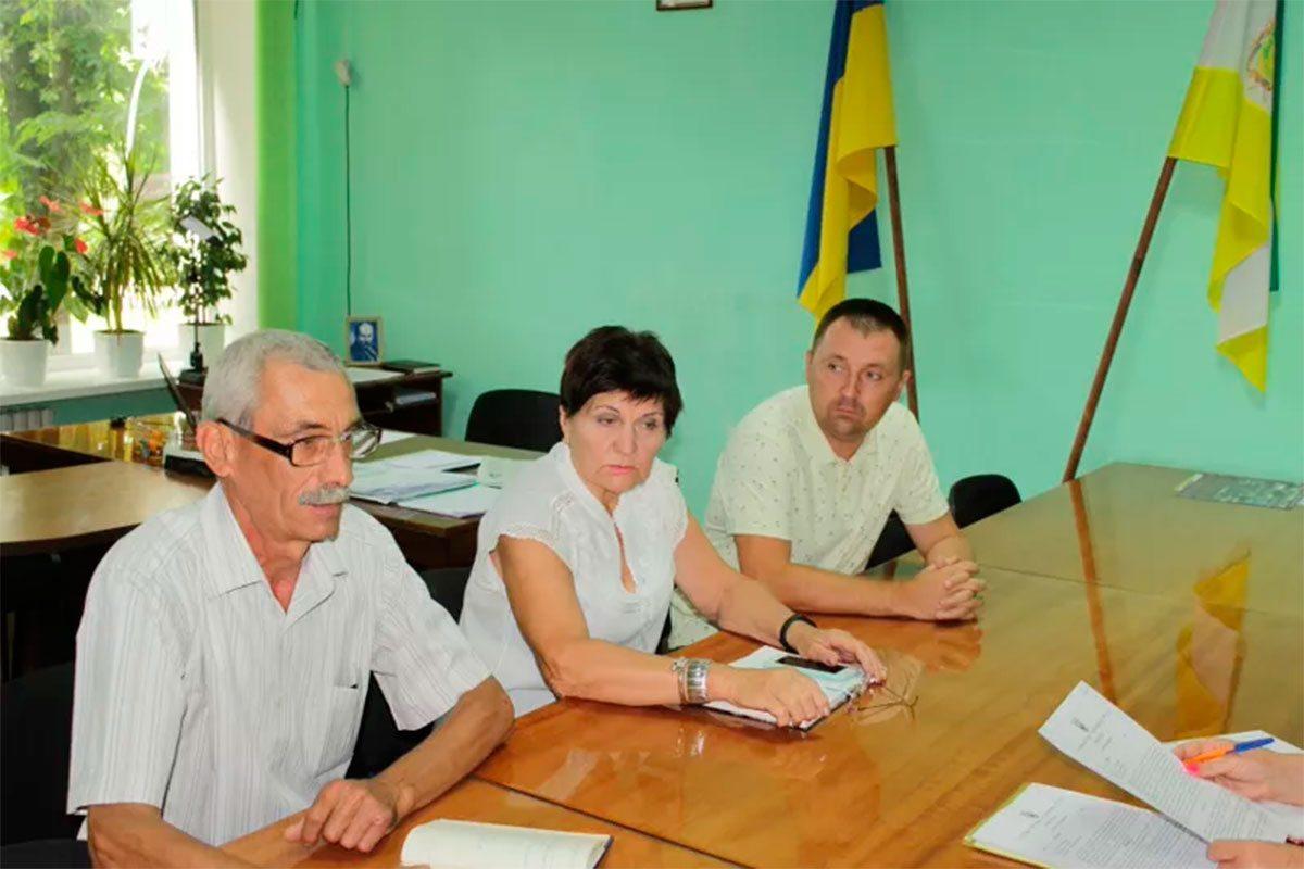 В Олешківській райраді працюють з об'єктами комунальну власності