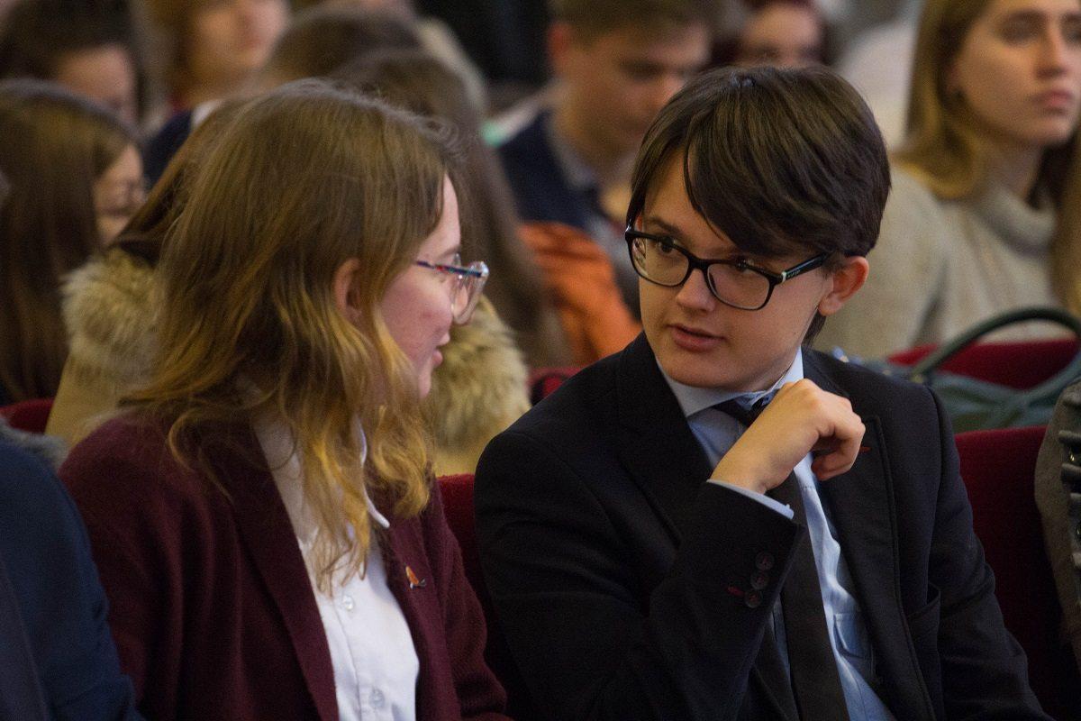 Херсонская школьница будет получать стипендию Кабинета Министров Украины