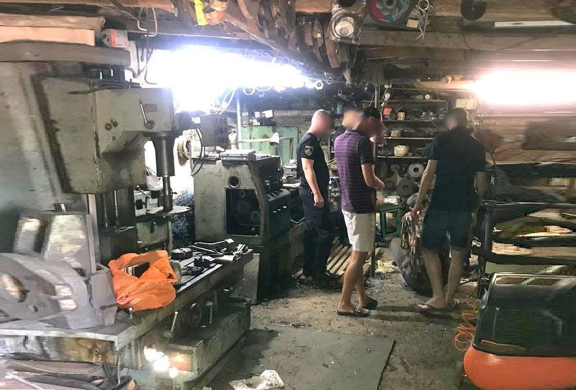 мастерская, оружие, токарь