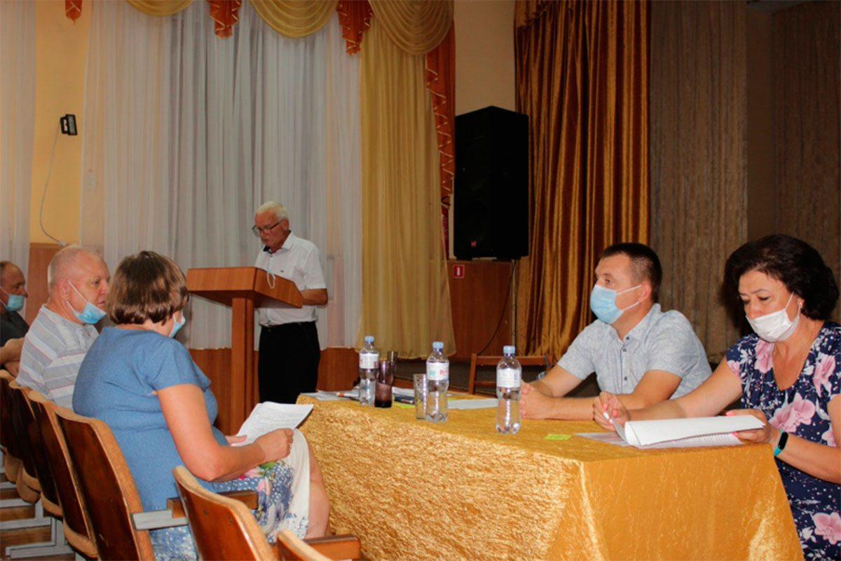 Голова Олешківської райради взяв участь у роботі профспілкової конференції освітян