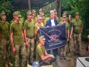 Порошенко передав 72 ОМБр імені Чорних Запорожців батальйонний комплекс відеоспостереження