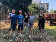 У Скадовську городяни чистять своє місто