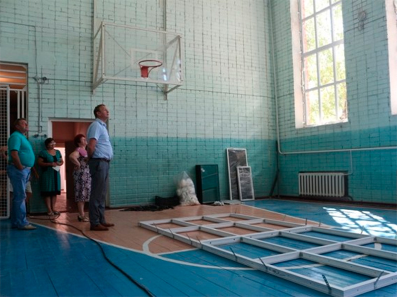 У Генічеському районі готують школи до навчального року