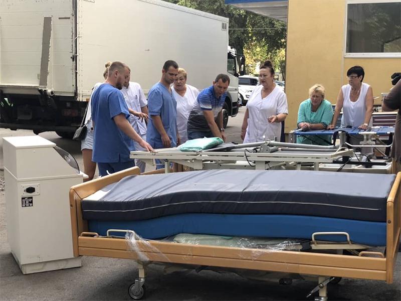 Херсонська обласна лікарня отримала сучасне обладнання з Голандії