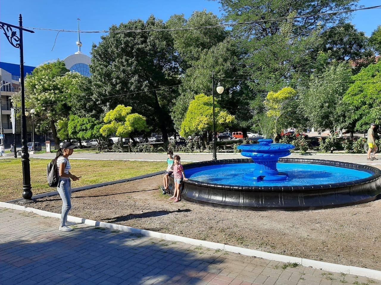 Сальдо, фонтан, сквер