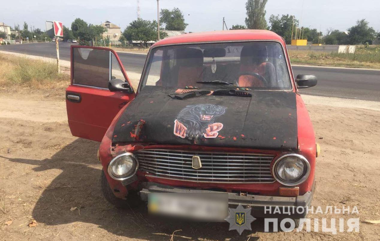 На Херсонщине двое друзей угнали автомобиль у своего товарища и попали в ДТП