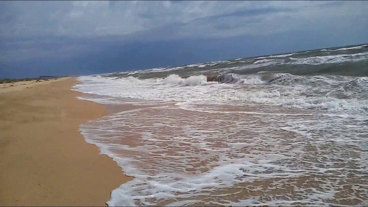 На курорте Херсонщины в шторм утонули двое отдыхающих