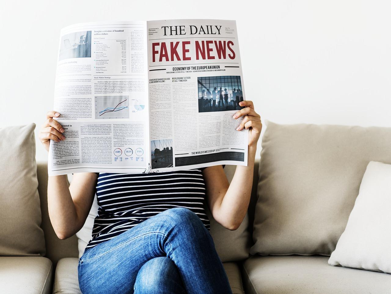 У Херсоні розповсюдили фейкову газету про одного з політиків (фото)