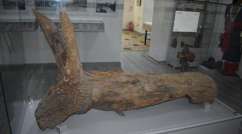 На Херсонщині найдревніший експонат отримав нове місце у відремонтованому музеї