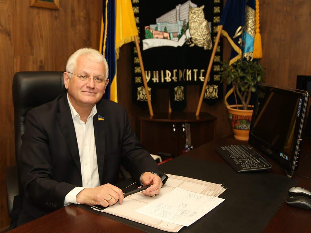 Співаковський, освіта, Голос України