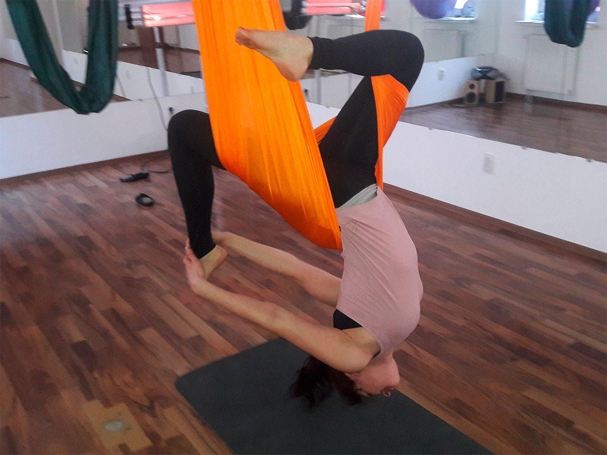 В Херсоне покалечилась инструктор по йоге