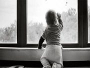 В Херсоне пострадали двое малышей