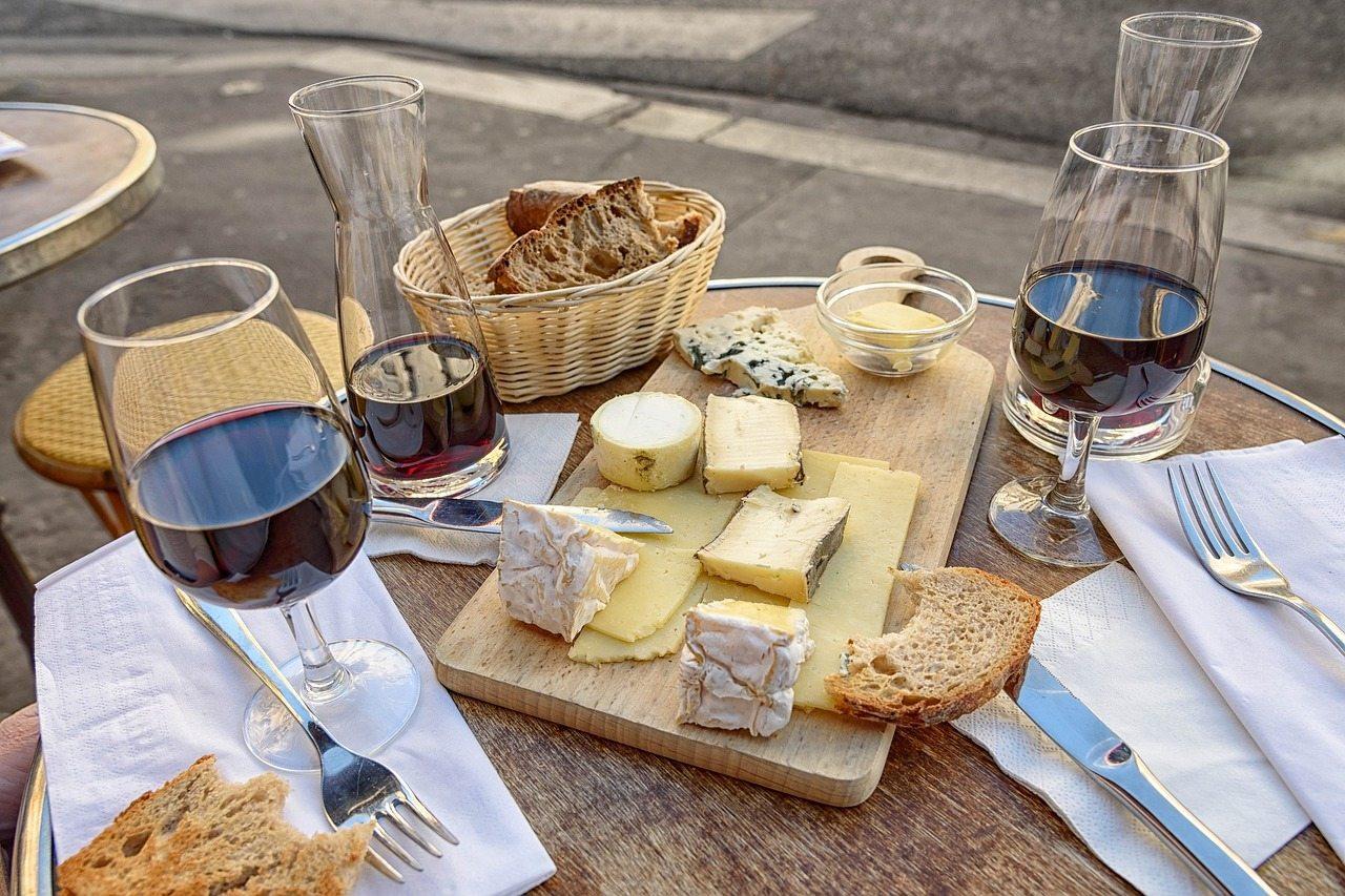 На Арабатке проведут фестиваль-ярмарку сыров и вина