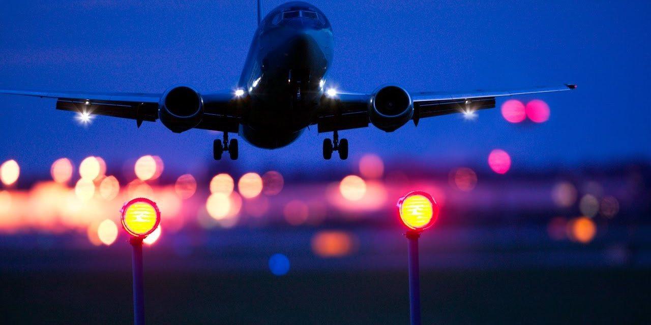 Для перельотів з Херсонського аеропорту потрібний страховий поліс від COVID-19