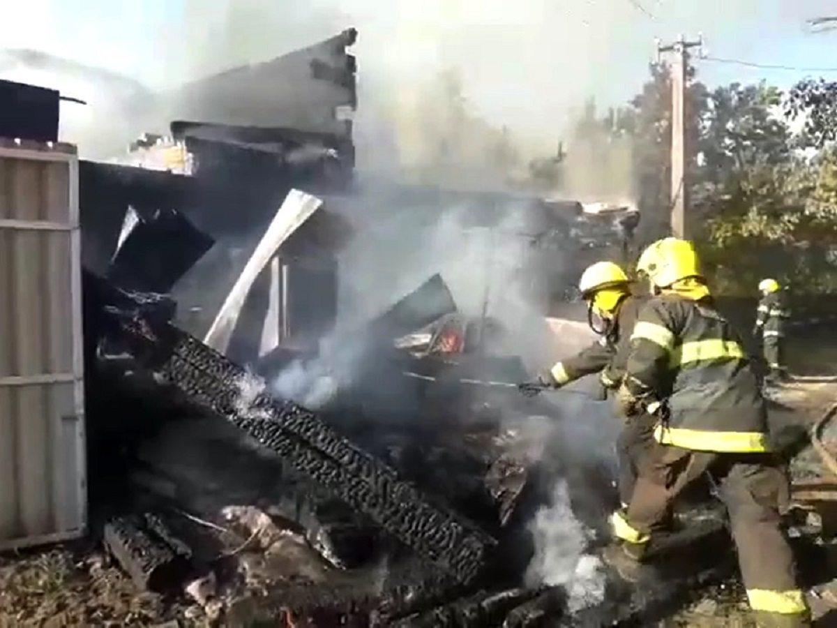 На Херсонщині сталась пожежа у дачному кооперативі
