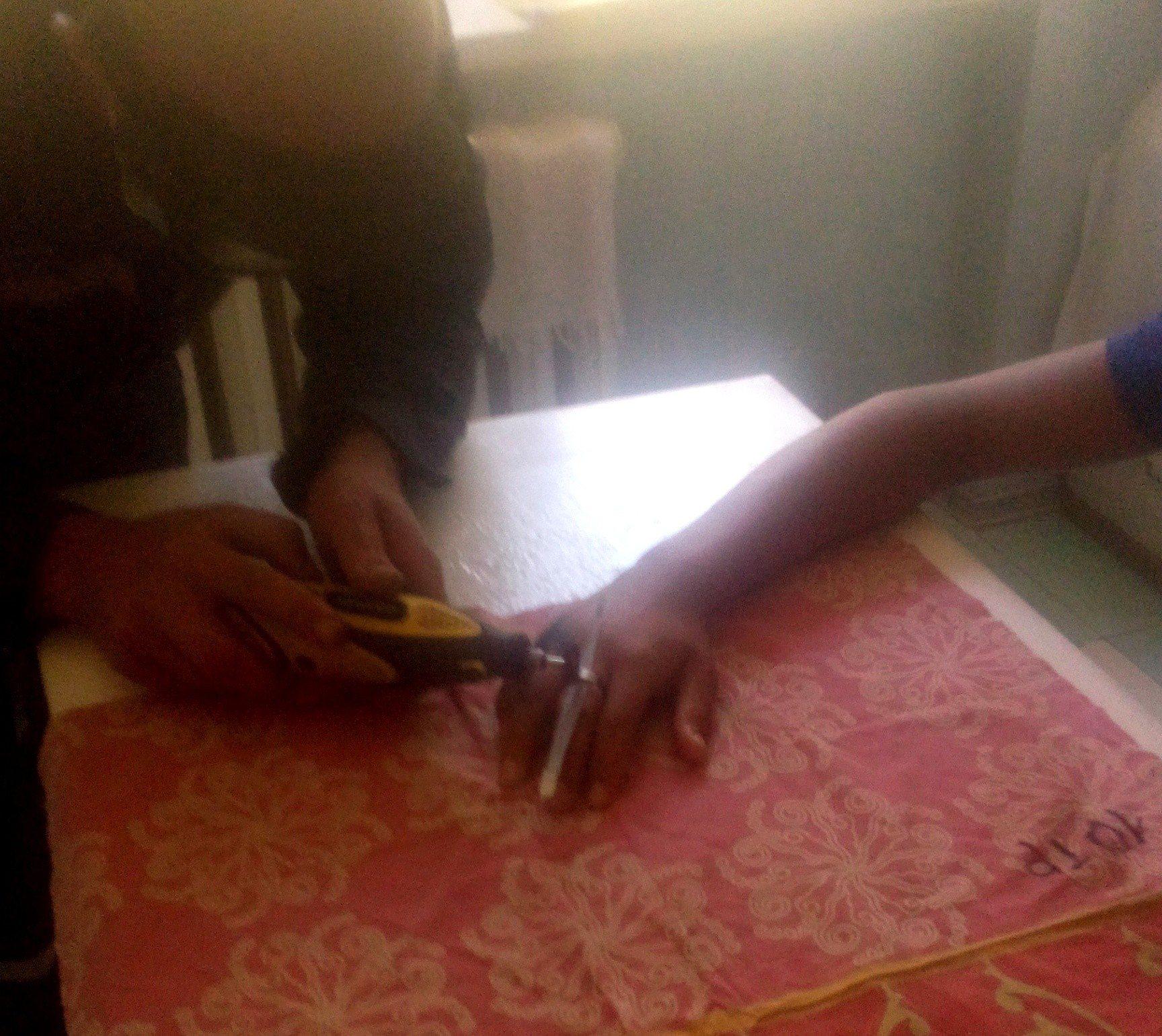 В Херсоне спасатели сняли кольцо с травмированной руки подростка