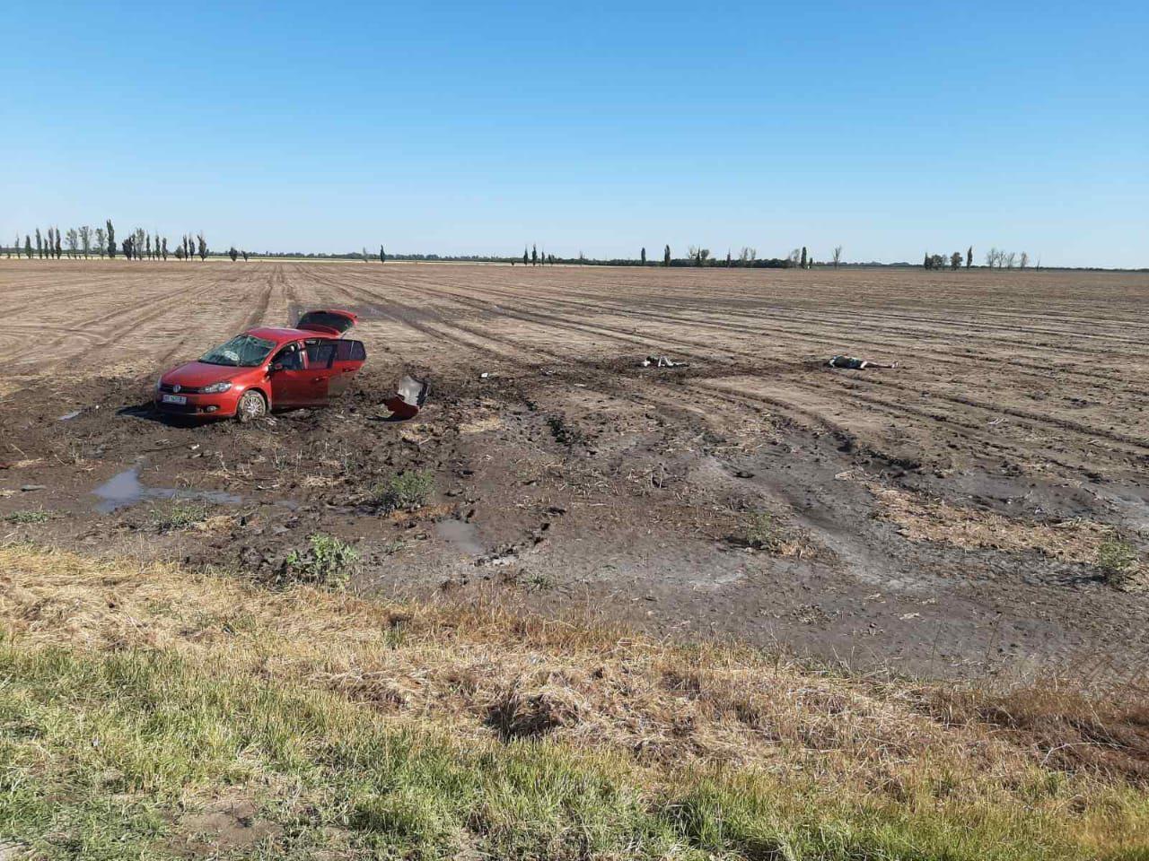 В Херсонской области на курортной трассе погибли мужчина и двое детей