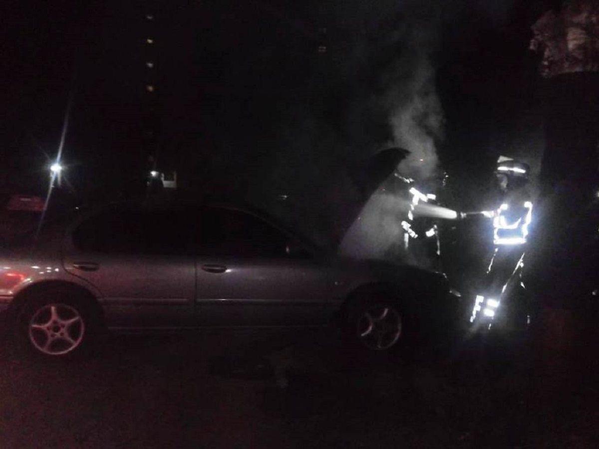 пожар, автомобиль, рено