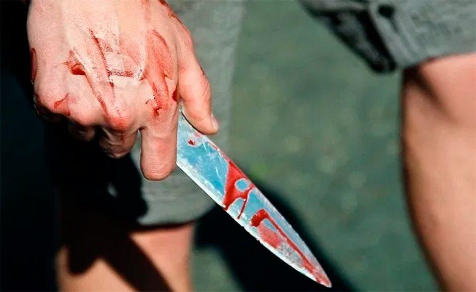 самоубийства, попытка, нож
