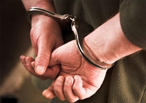 Пограничника-взяточника под арест