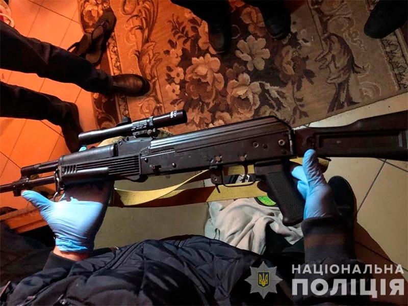 Кто и почему вчера стрелял в центре Каховки?
