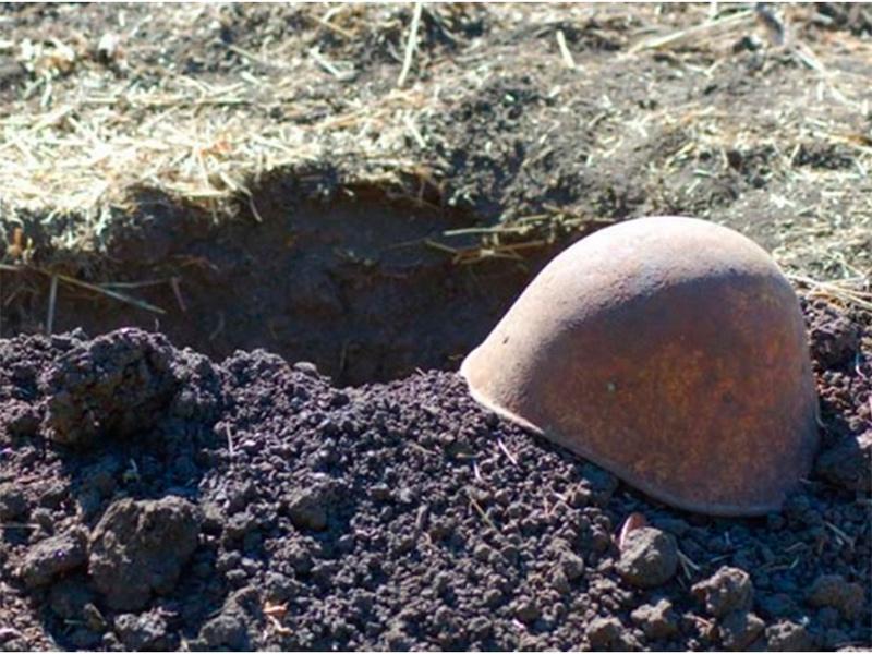 На Херсонщине отыскали боеприпасы и братскую могилу