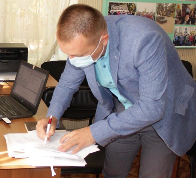 Кандидат на голову Олешківської ОТГ дбає про здоров'я оточуючих