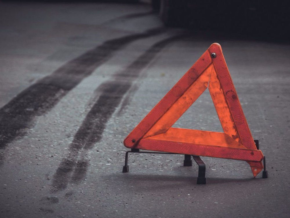 В Херсоне маршрутка протаранила грузовик: есть пострадавшие