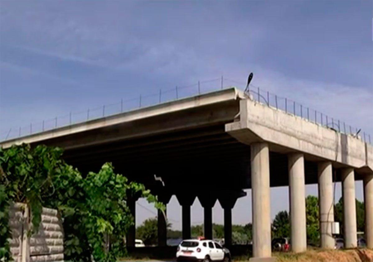 Херсонський мостоперехід подорожчав