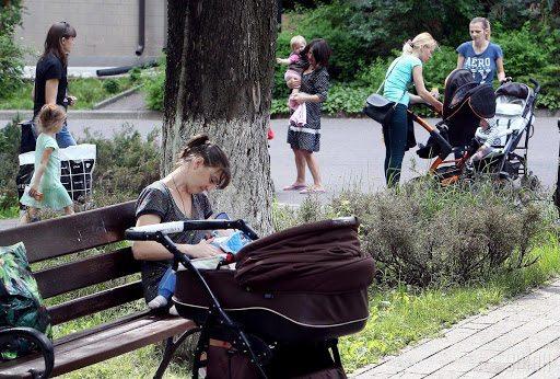 На Херсонщине молодые матери не могут воспользоваться выплатами на рождение ребёнка