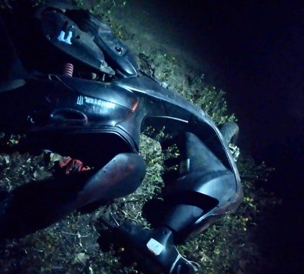 Пьяный житель Херсонщины угнал у знакомого мопед и на нём попал в аварию
