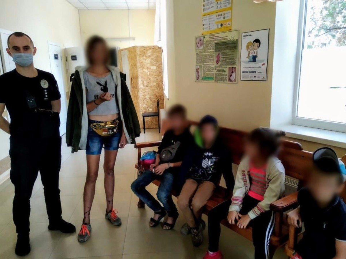 На Херсонщине ювенальные полицейские изъяли из двух семей пятерых детей