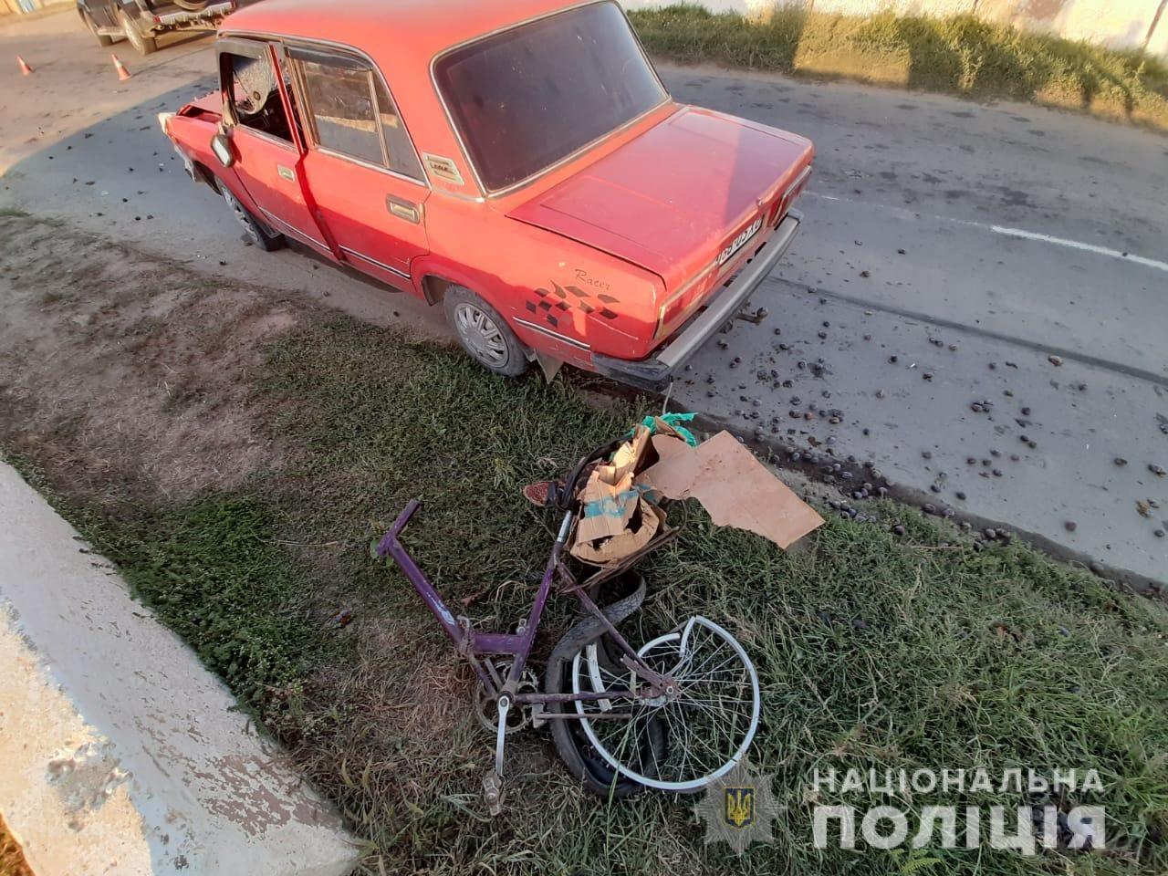 """На Херсонщине пьяный водитель """"Жигулей"""" насмерть сбил пенсионерку на велосипеде"""