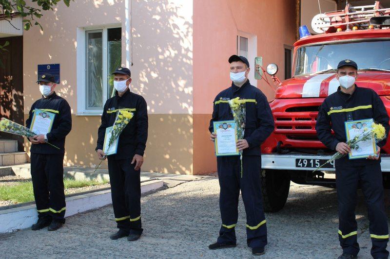Голова райради привітав рятівників Олешківського району із професійним святом