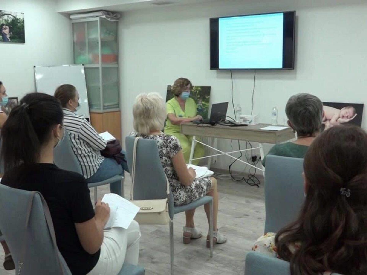 За підтримки Ігоря Колихаєва розпочалися курси для медпрацівників херсонських комунальних закладів