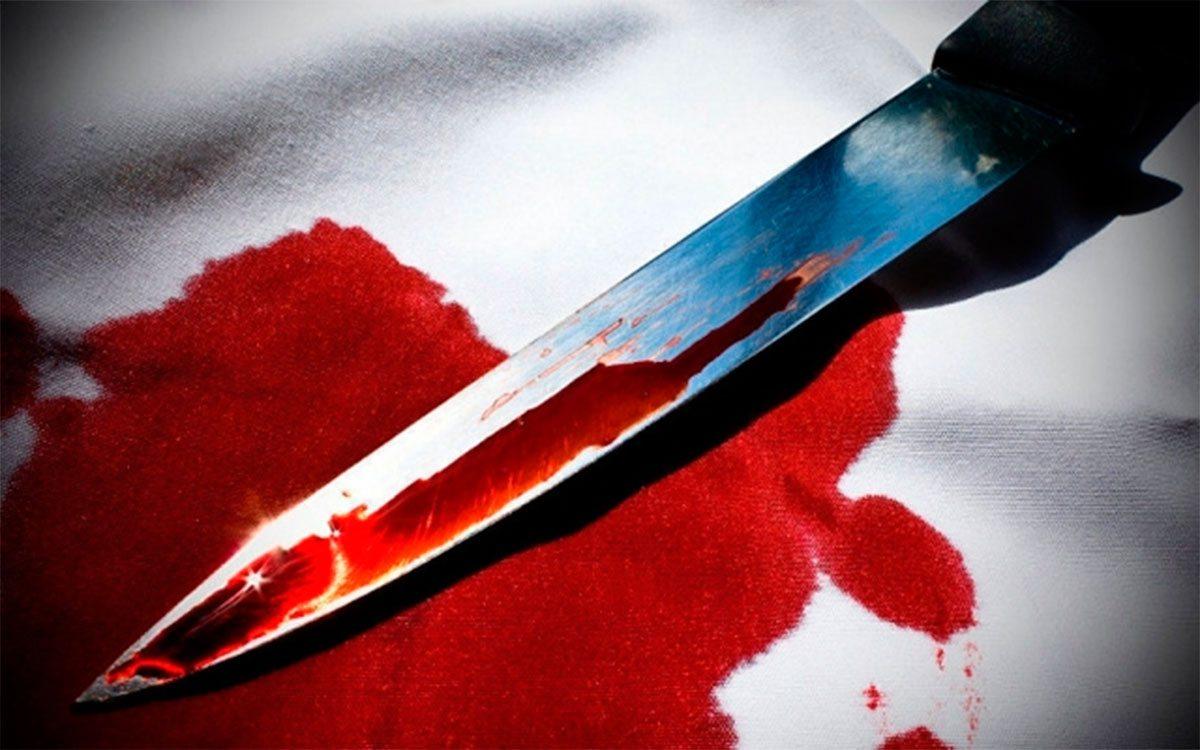 Новокаховчанин с ножевым ранением сбежал от медиков