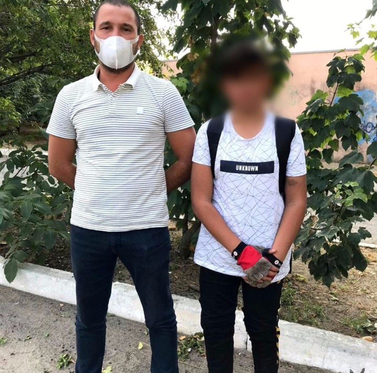 Пропавшего в Херсоне 12-летнего мальчика полицейские разыскали в Николаеве