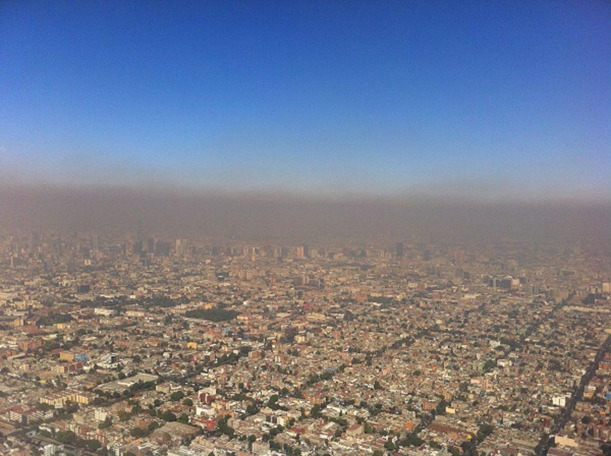 Власти устанавливают причину задымления воздуха в южных районах Херсонщины