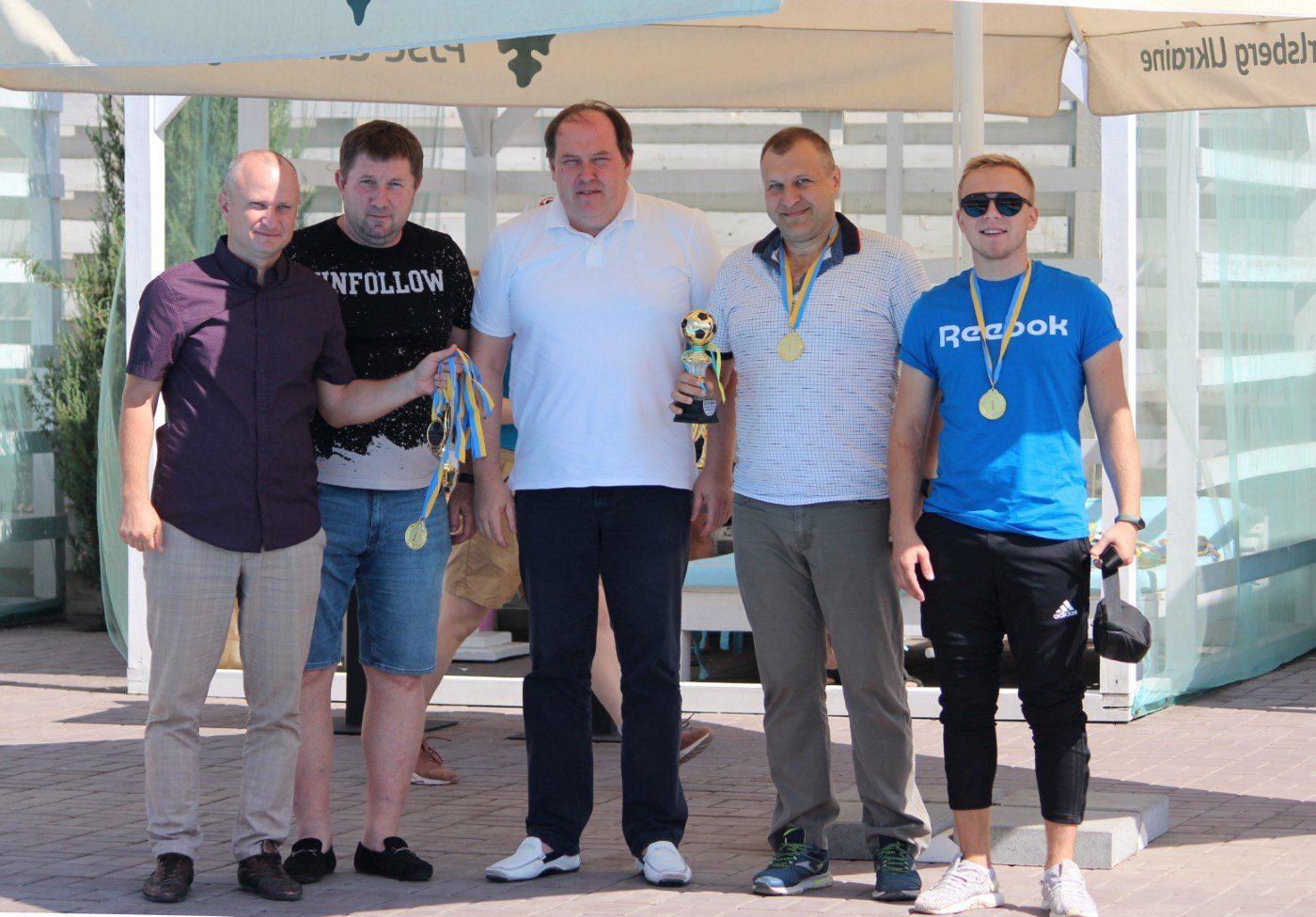 Віталій Булюк вручив кубки і медалі кращим херсонським командам з мініфутболу