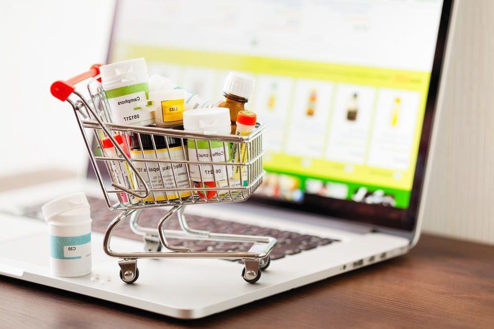 Нардепы разрешили онлайн-торговлю лекарствами в розницу