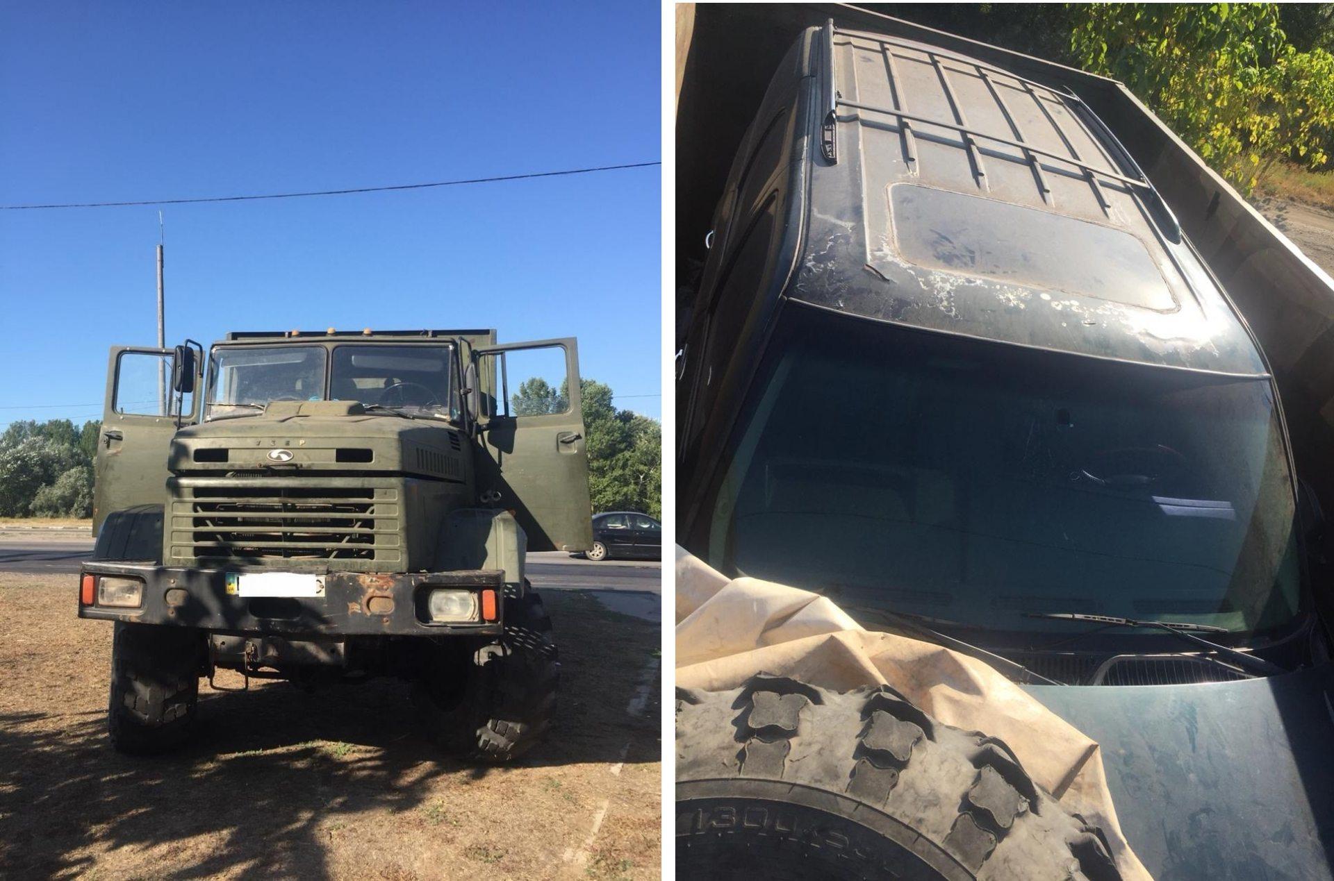 На Херсонщие угнанный внедорожник перевозили на грузовике