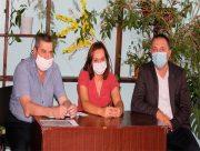 В Олешківському районі намагаються врятувати медицину