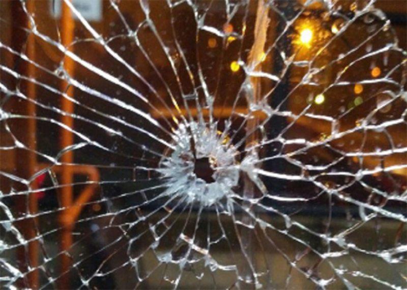 Пассажирский автобус обстреляли в Херсоне