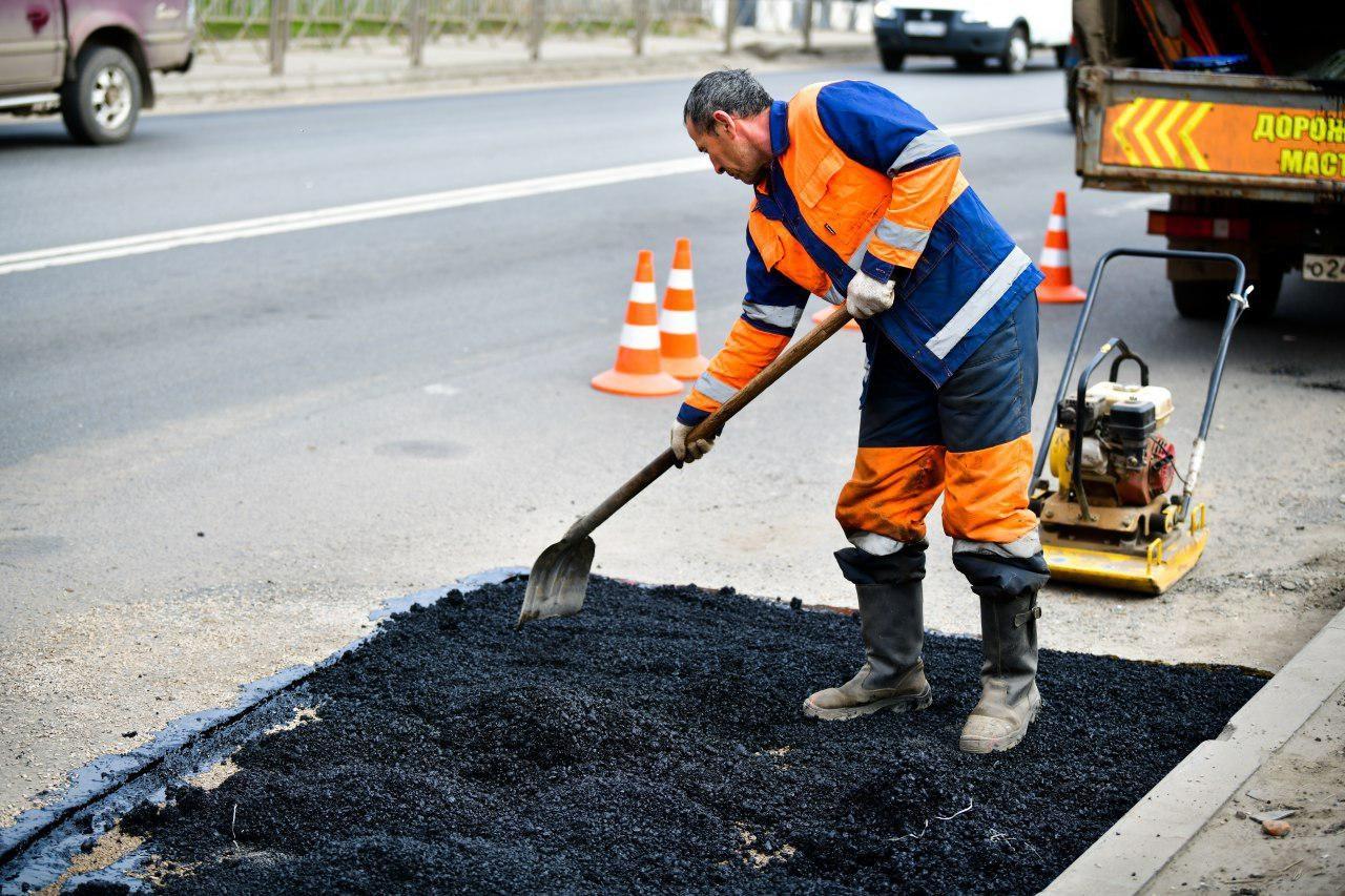 На Херсонщине предприниматель растратил средства, выделенные на ремонт дороги