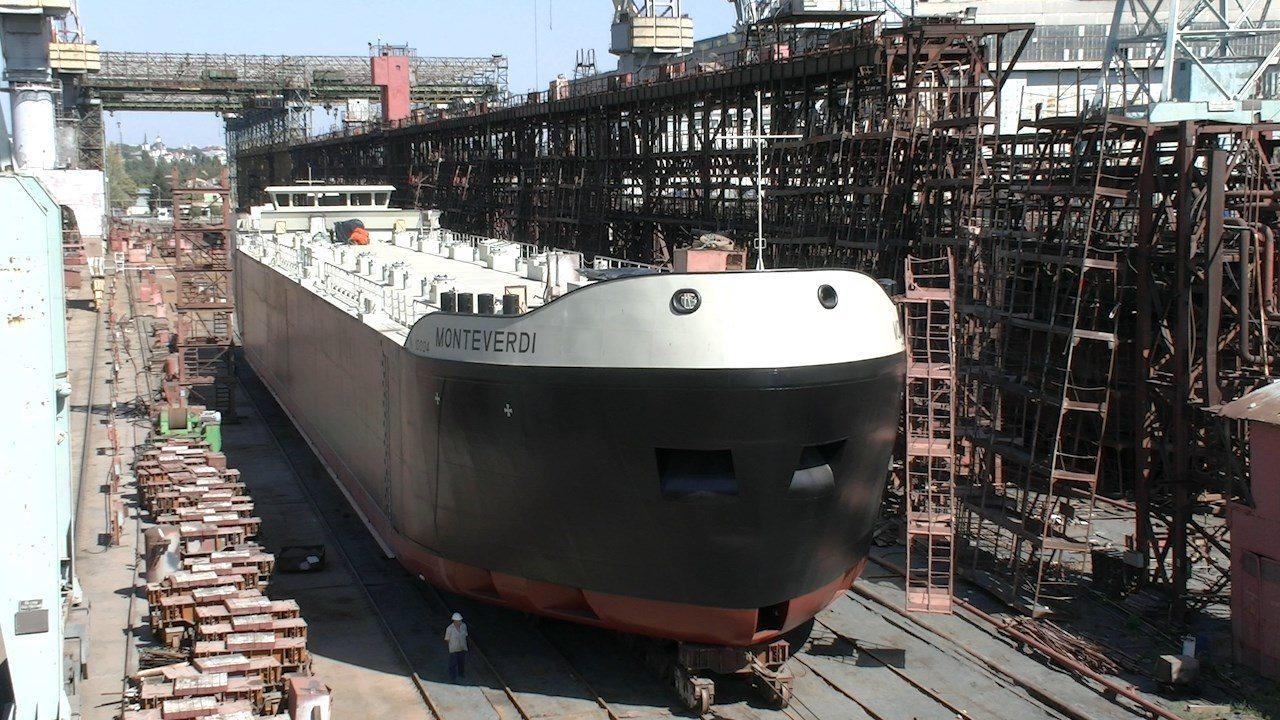 В Херсоне сделали уже четвертый танкер для голландцев