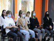 Студентів ХДУ вчили запобіганню та протидії домаганням у громадських місцях