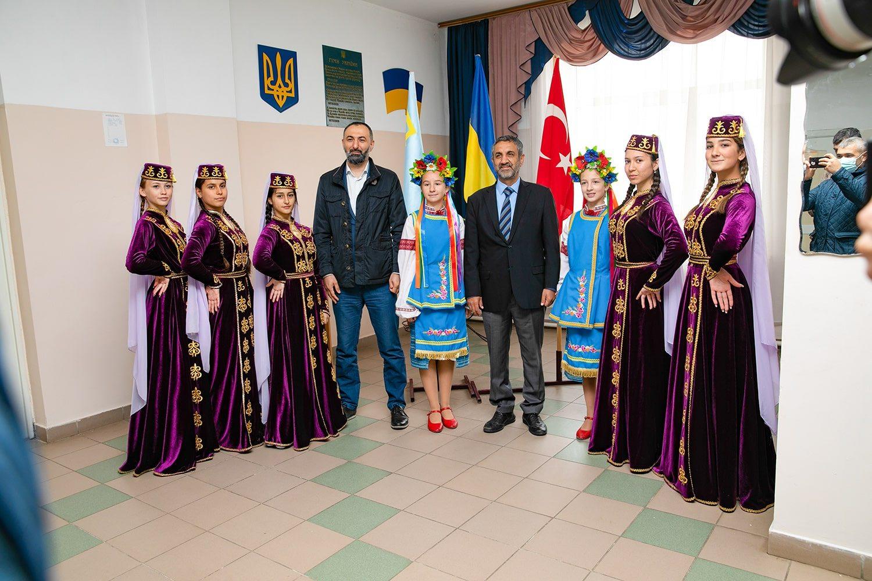 турки, Генічеськ, школа