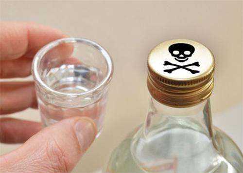 Волна отравлений алкоголем докатилась до Херсонщины