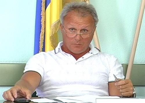 Общественность в Херсоне возмущена действиями депутата